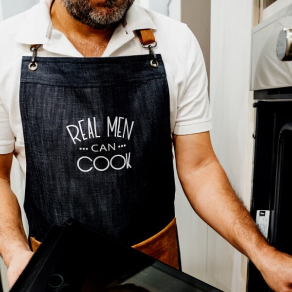 Mandil Jean con cuerina REAL MEN CAN COOK